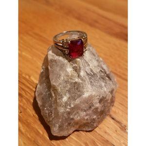 Jewelry - Vtg faux ruby & cz ring